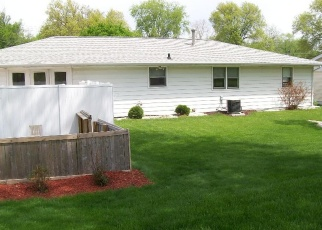 Pre Foreclosure in Peoria 61604 W NEWMAN PKWY - Property ID: 1298422243