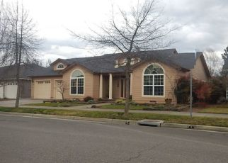 Pre Foreclosure in Central Point 97502 SILVER CREEK DR - Property ID: 1298586947