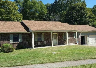 Pre Foreclosure in Bloomington 47408 E WEYMOUTH LN - Property ID: 1299569306