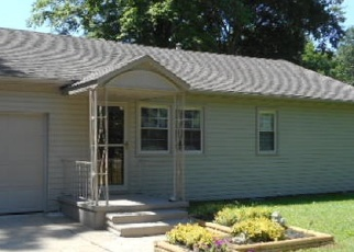 Pre Foreclosure in Terre Haute 47803 E OLD MAPLE AVE - Property ID: 1299737939