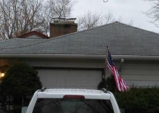 Pre Foreclosure in Villa Park 60181 S MICHIGAN AVE - Property ID: 1299798814