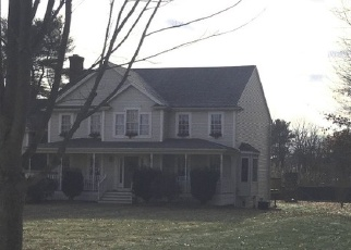 Pre Foreclosure in Oxford 01540 MINUTEMAN LN - Property ID: 1299927121