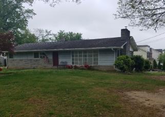 Pre Foreclosure in Edgewater 21037 CALHOUN ST - Property ID: 1300665106