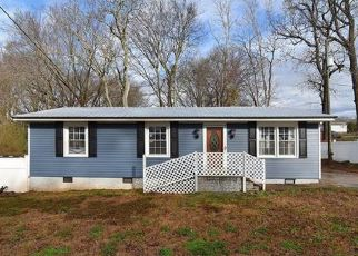 Pre Foreclosure in Fort Mill 29715 CALHOUN ST - Property ID: 1300824539