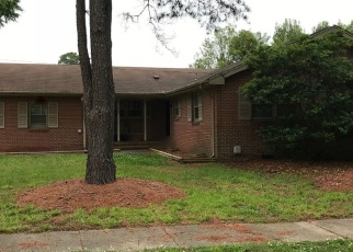 Pre Foreclosure in Norfolk 23502 LEEPOINT RD - Property ID: 1301191559