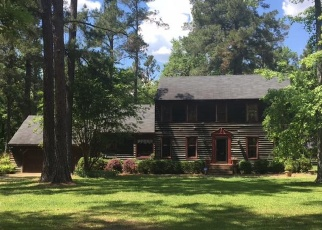 Pre Foreclosure in Reevesville 29471 REEVES ST - Property ID: 1302102996