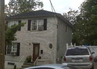 Pre Foreclosure in Staten Island 10304 CUNARD PL - Property ID: 1302315400