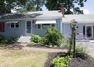 Pre Foreclosure in Riverside 02915 HOLLAND AVE - Property ID: 1302336872