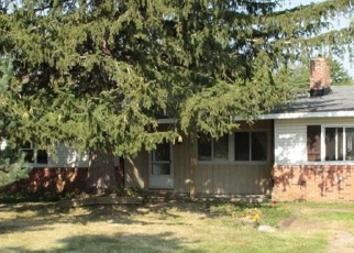 Pre Foreclosure in Chardon 44024 ROCK CREEK RD - Property ID: 1303149298