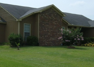 Pre Foreclosure in Midway Park 28544 HUNTERS RIDGE DR - Property ID: 1303298662