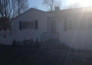 Pre Foreclosure in Patchogue 11772 AMERICUS AVE - Property ID: 1303407717