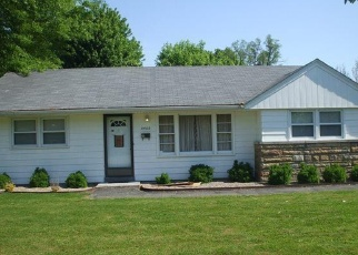 Pre Foreclosure in Louisville 40272 WINTERGREEN RD - Property ID: 1304339723