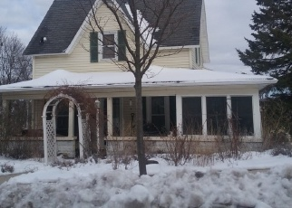 Pre Foreclosure in Waukesha 53188 4TH ST - Property ID: 1306196735