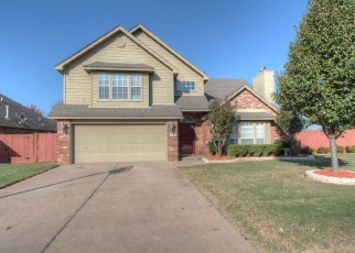 Pre Foreclosure in Owasso 74055 N 99TH EAST AVE - Property ID: 1306519517