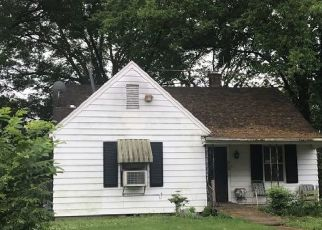 Pre Foreclosure in Memphis 38114 FILMORE AVE - Property ID: 1306652663