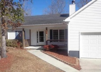 Pre Foreclosure in Jacksonville 28540 FALLING LEAF CT - Property ID: 1306768728
