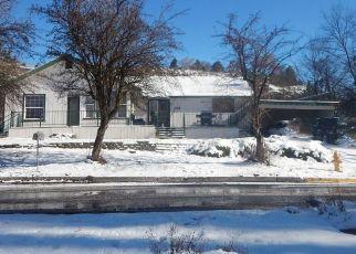 Pre Foreclosure in Klamath Falls 97601 CALIFORNIA AVE - Property ID: 1307396336