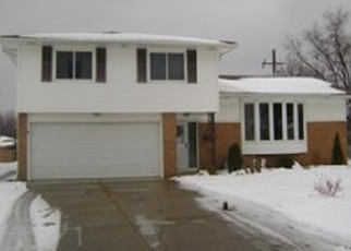Pre Foreclosure in Independence 44131 LONGRIDGE DR - Property ID: 1307587292