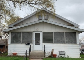 Pre Foreclosure in Saint Paul 55104 ENGLEWOOD AVE - Property ID: 1308137390