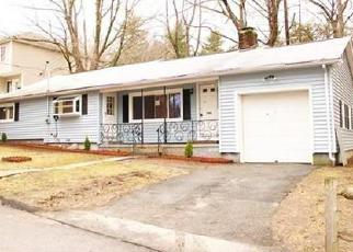 Pre Foreclosure in Worcester 01602 ROBERTSON RD - Property ID: 1308426453