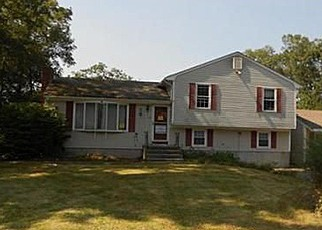 Pre Foreclosure in Attleboro 02703 CHAPEL HILL DR - Property ID: 1308477254