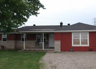 Pre Foreclosure in Fairland 46126 N 650 W - Property ID: 1308894654