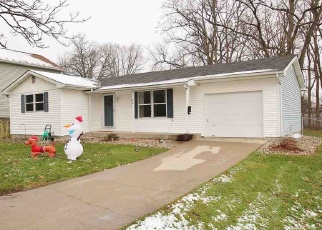 Pre Foreclosure in Kendallville 46755 FREEMAN ST - Property ID: 1308897270