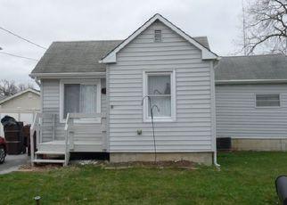 Pre Foreclosure in Oak Forest 60452 OAK AVE - Property ID: 1308912160