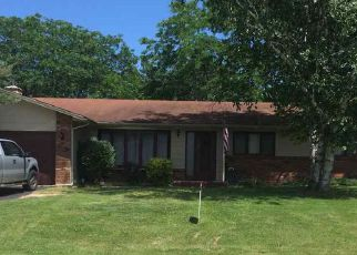 Pre Foreclosure in Dixon 61021 WOODLAND DR - Property ID: 1308962987