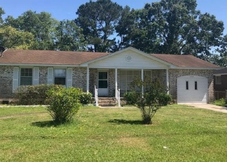 Pre Foreclosure in North Charleston 29418 OLIVIA DR - Property ID: 1309470138