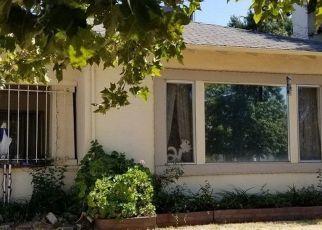 Pre Foreclosure in Stockton 95204 S TUXEDO AVE - Property ID: 1309570441