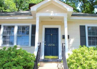 Pre Foreclosure in Anderson 29625 RIDGEWOOD AVE - Property ID: 1310146379