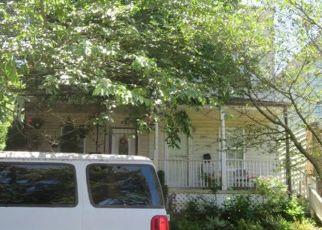 Pre Foreclosure in Washington 20019 DIX ST NE - Property ID: 1310522149