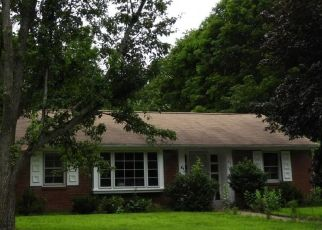 Pre Foreclosure in Amesbury 01913 HILLSIDE AVE - Property ID: 1310564647