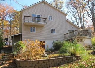 Pre Foreclosure in Highland Lakes 07422 MIDWAY DR - Property ID: 1311196195
