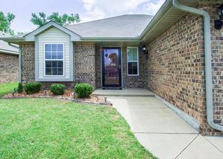 Pre Foreclosure in Newcastle 73065 BRADFORD CIR - Property ID: 1311332409