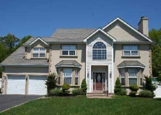 Pre Foreclosure in Hauppauge 11788 SKY VIEW CT - Property ID: 1311510224