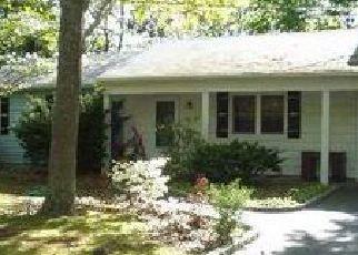 Pre Foreclosure in Center Moriches 11934 TRAINOR AVE - Property ID: 1311570229