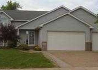 Pre Foreclosure in New Market 55054 JAMES PKWY - Property ID: 1311777840