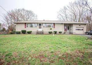 Pre Foreclosure in Taunton 02780 KILMER AVE - Property ID: 1311972737
