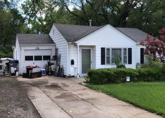 Pre Foreclosure in Topeka 66611 SW 22ND ST - Property ID: 1312172896