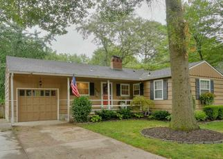Pre Foreclosure in Prairie Village 66208 W 72ND TER - Property ID: 1312173317