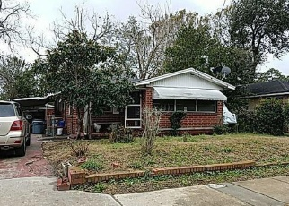 Pre Foreclosure in Jacksonville 32209 W 13TH ST - Property ID: 1312276689