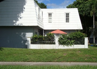 Pre Foreclosure in West Palm Beach 33414 SHAKER CIR - Property ID: 1312685308