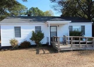 Pre Foreclosure in Weaver 36277 CEDAR SPRINGS RD - Property ID: 1313118469