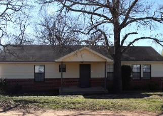 Pre Foreclosure in Deatsville 36022 BOWDOIN RD - Property ID: 1313125475