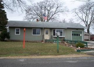 Pre Foreclosure in Beloit 53511 S DEWEY AVE - Property ID: 1313197748