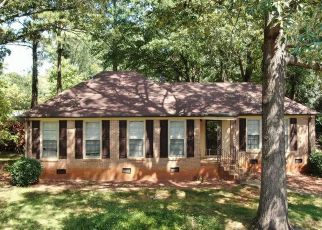 Pre Foreclosure in Greenville 29615 CANDLEWYCK LN - Property ID: 1313746527