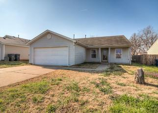 Pre Foreclosure in Yukon 73099 BRADFORD WAY - Property ID: 1314388597