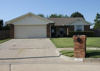 Pre Foreclosure in Mustang 73064 S PHILBROOK COURT DR - Property ID: 1314400868